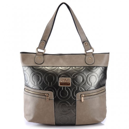 Coach In Printed Signature Large Silver Totes AZY