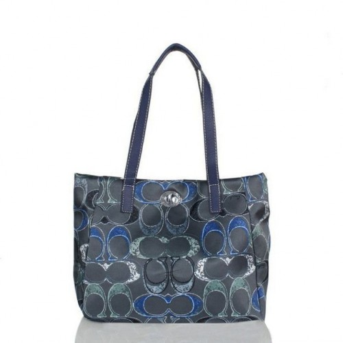 Coach Poppy Turnlock Medium Navy Totes BWU